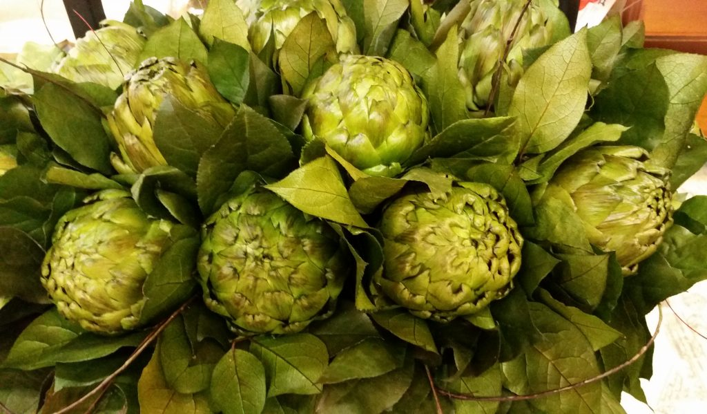 artichoke-arrangement