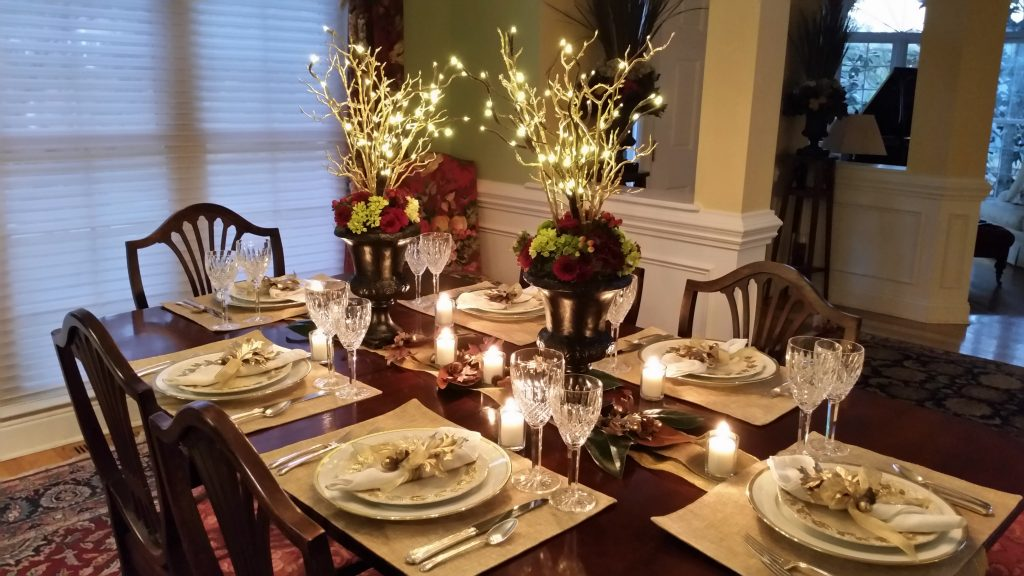 lighted-golden acorn thanksgiving-table--Thanksgiving Table Settings--No Jive Turkey!