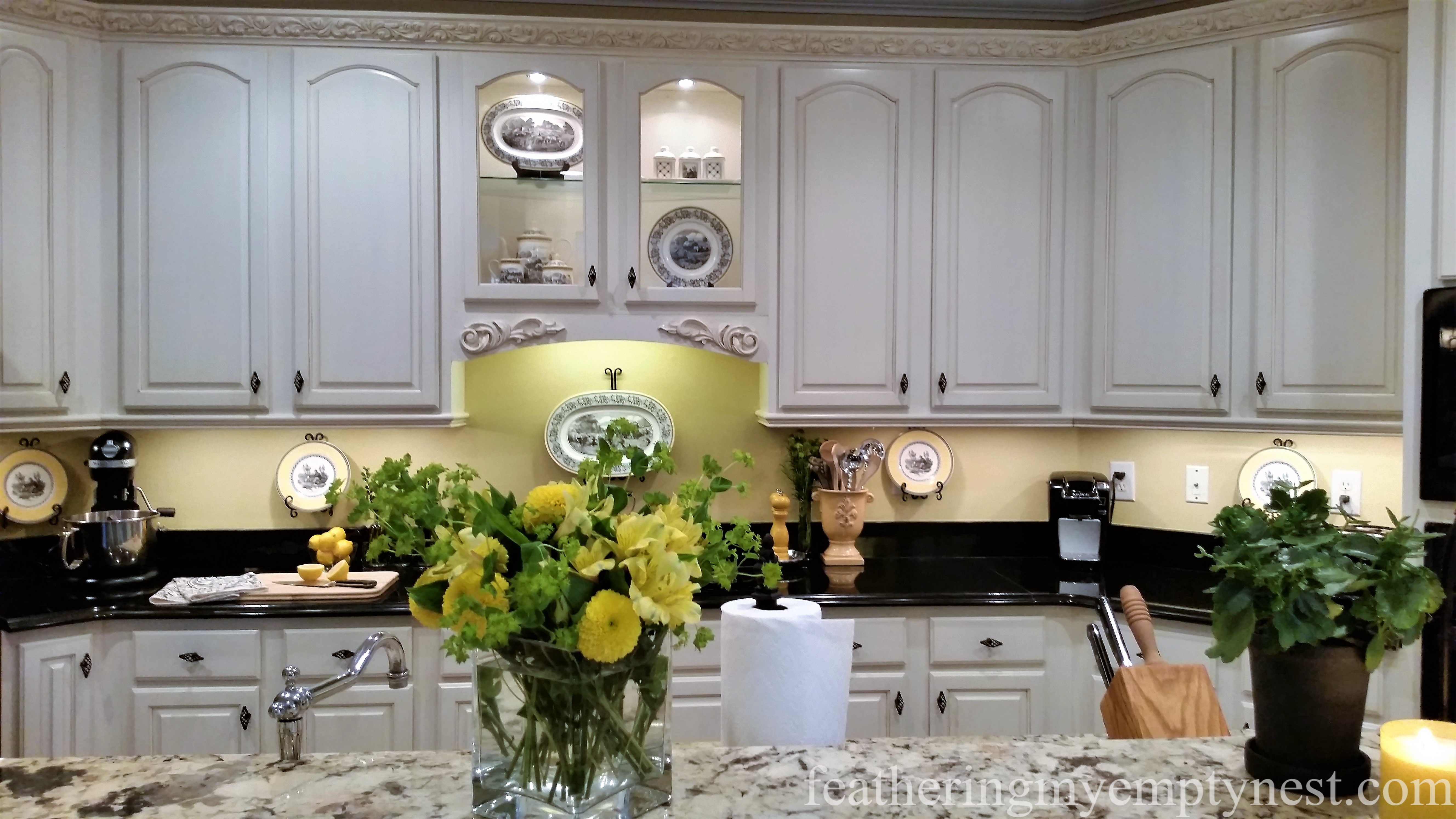 Inexpensive Kitchen Updates And Kitchen Camouflage