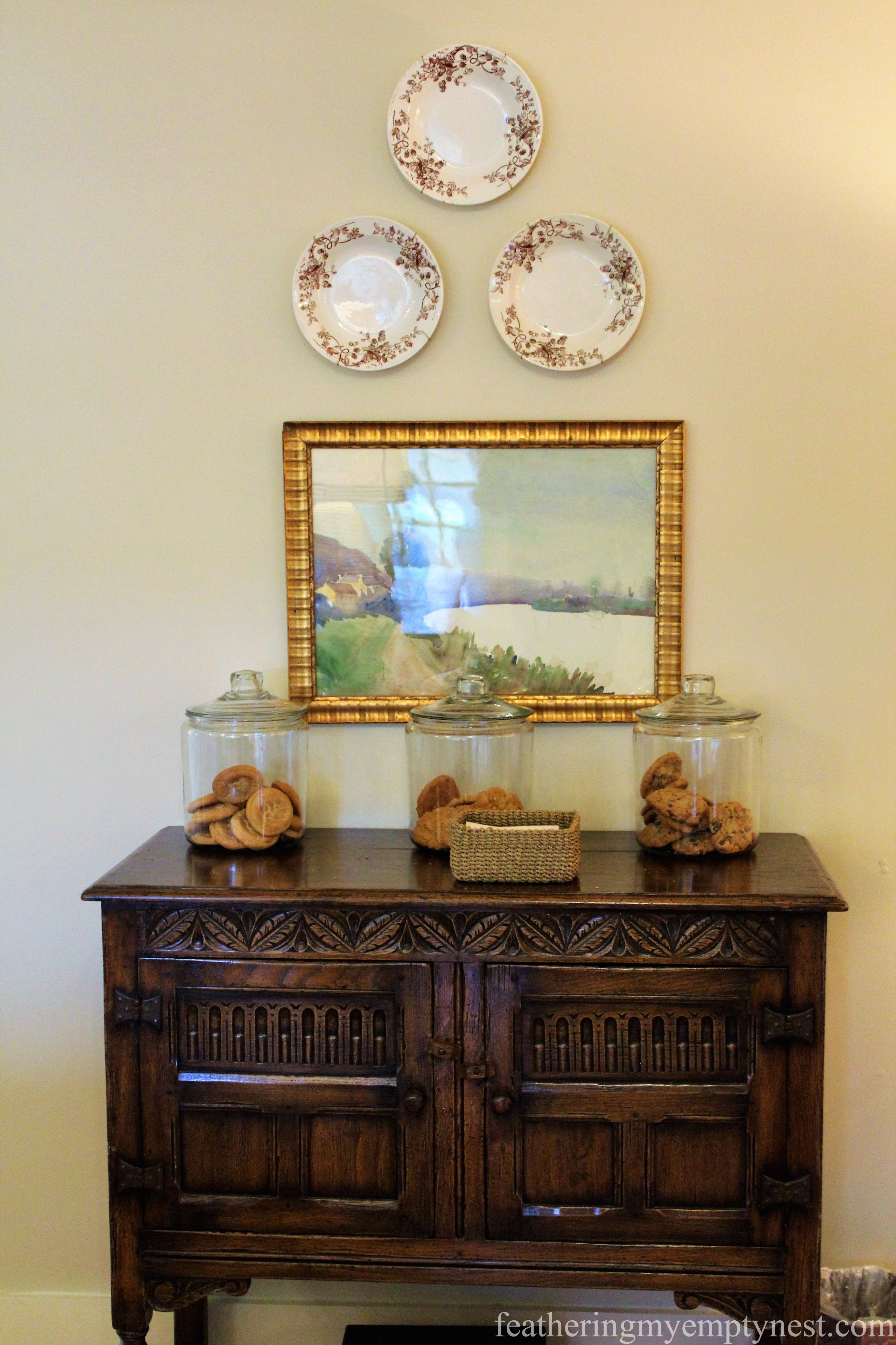 An artful and delicious display of complimentary cookies in the sitting room --Elegant And Colorful Farmhouse Style