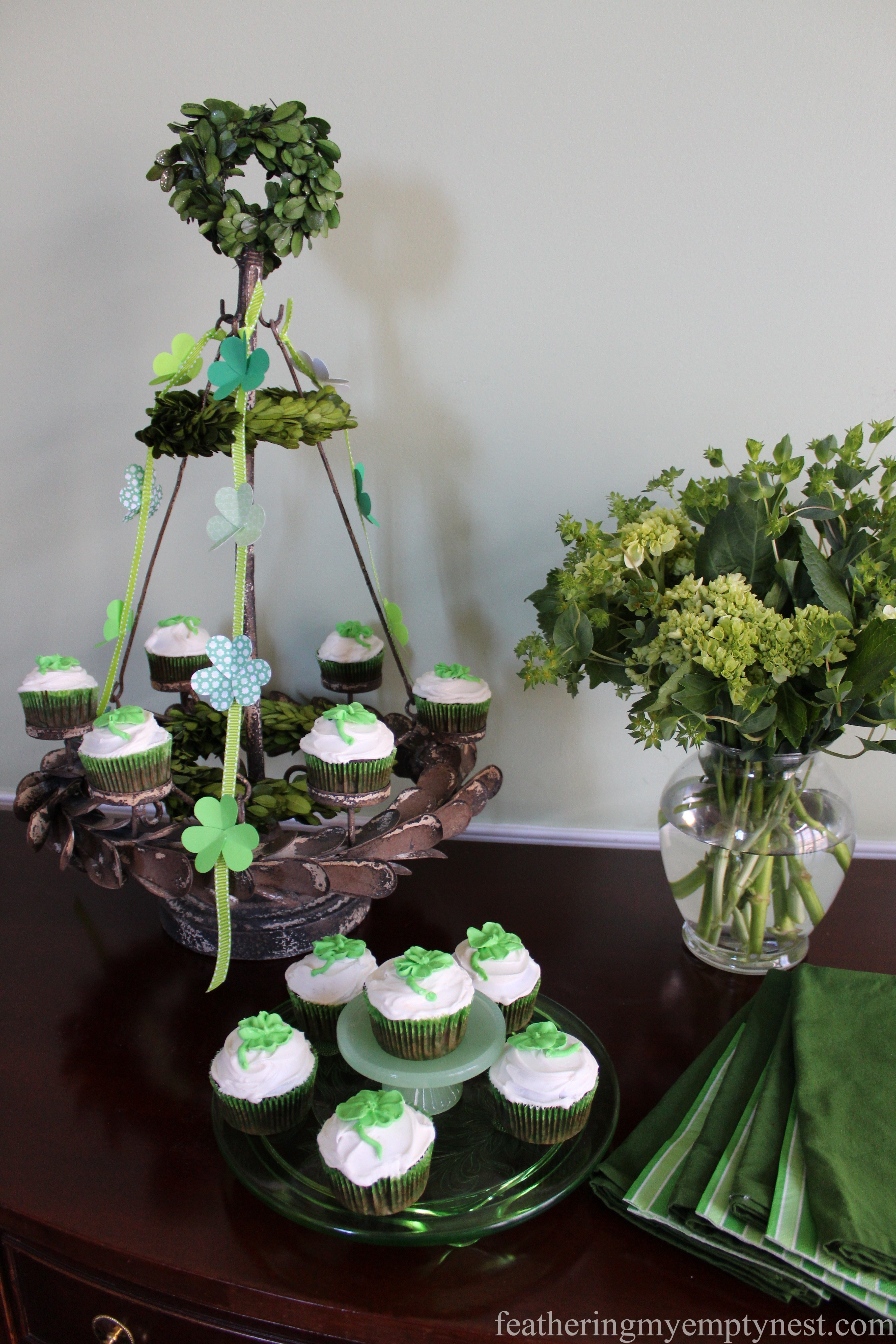 St. Patrick's Day Irish Cream Shamrock Cupcakes
