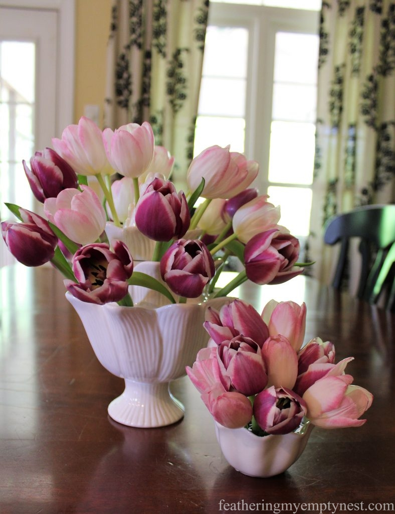 Tulips arrangements --Arranging Tulips With Flower Arranging Tools & Tulipieres