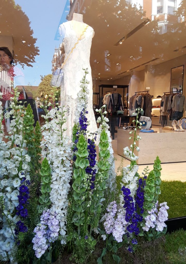 English country garden display -Chelsea In Bloom: 2018 Chelsea Flower Show Part 1