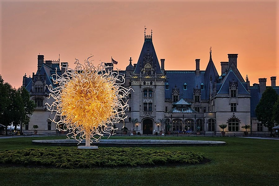 --Chihuly At Night At The Biltmore