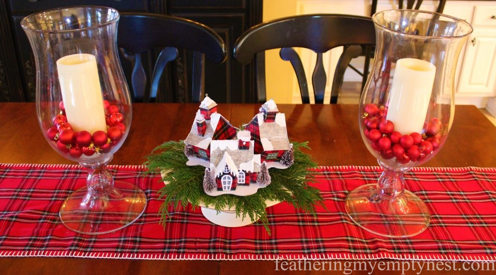 Easy to create Christmas table decoration --Christmas Decorating Odds & Ends
