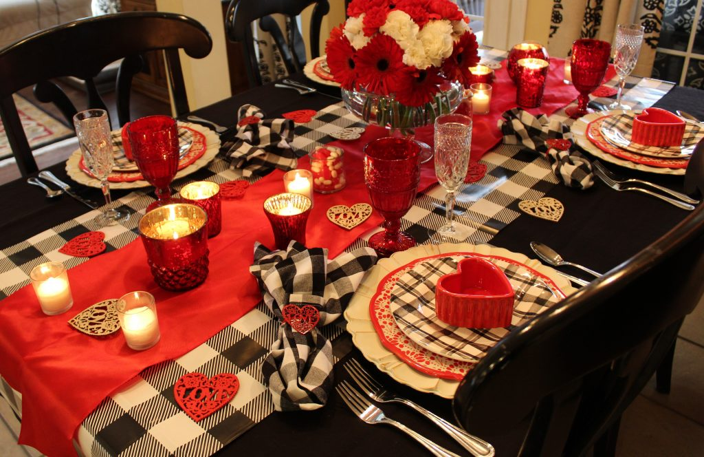 How to use vibrant pops of red to create a stunning Valentine's tablescape.